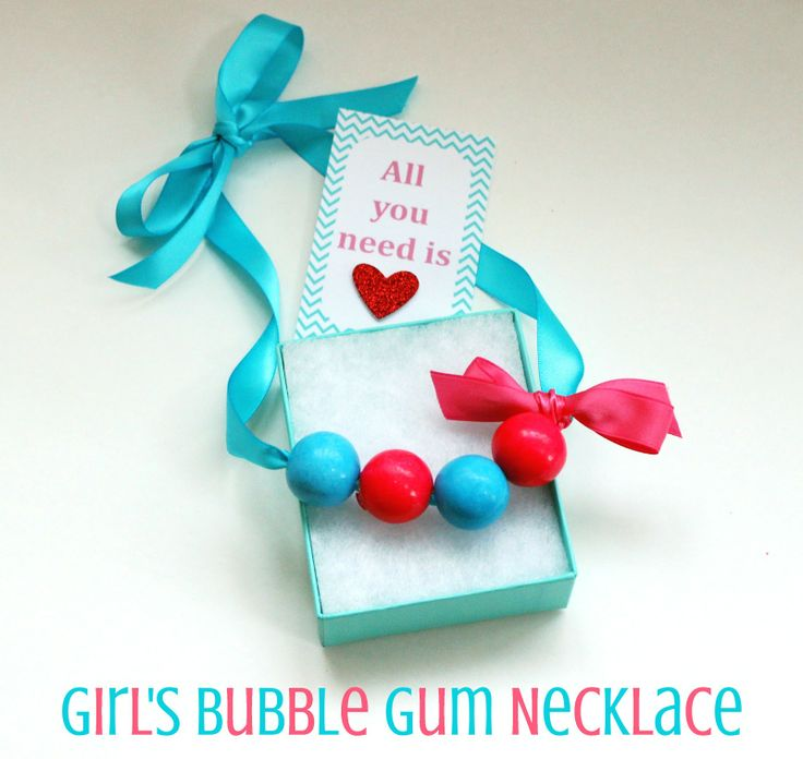How to make a simple but sweet bubble gum necklace. Perfect girls valentines gift!