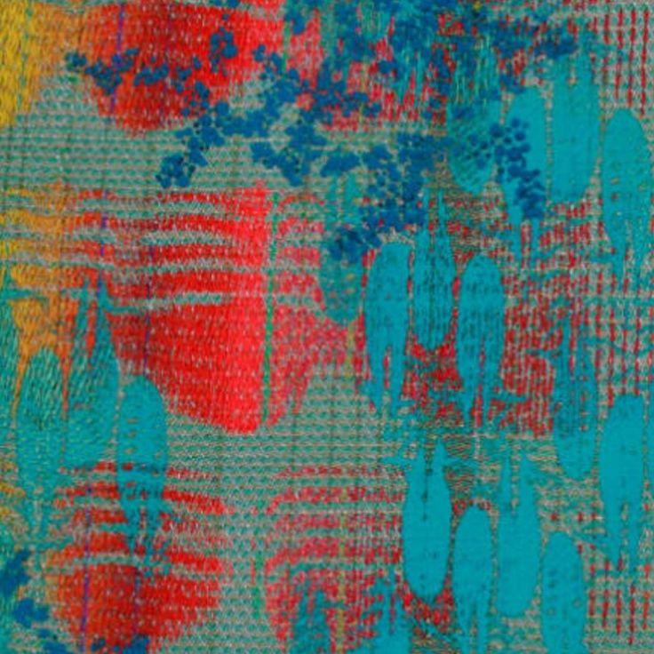Polyesther, coton, soie Motif de perlage et de plume imprimé au cadre.