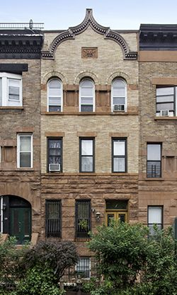 17 best images about new york brownstones on pinterest for Townhouse for rent nyc