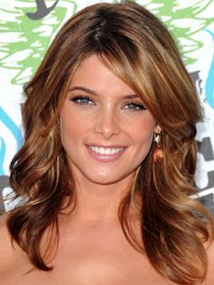 Caramel Hair Color...LOVE! This makes me feel like I'm starting to get that itch to dye my hair again.