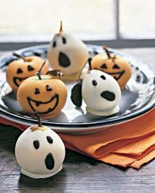 Halloween-Costumed Fruit How-To: Ghost Decoration, Diminutive Pears, Halloween Idea, Chocolate, Pumpkin, Dress Up, Halloween Costumed Fruit, Halloween Party