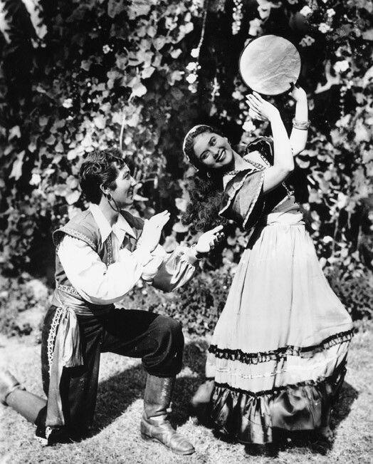 Gypsy: #Gypsies.