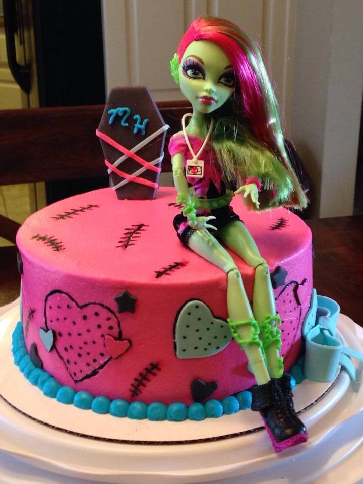 Monster high cake - Venus McFlytrap vim doll