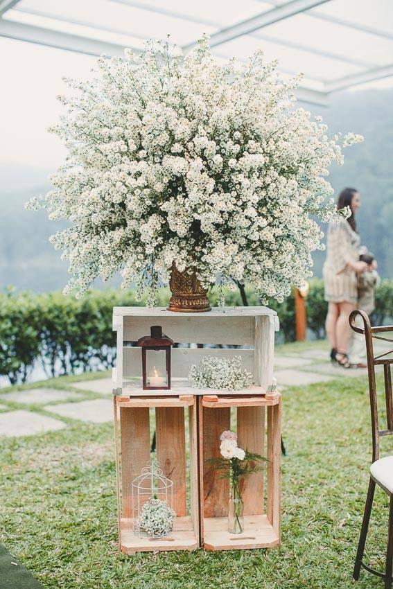 Decoração de casamento no campo, decoração com mosquitinho, lanternas e gaiolas