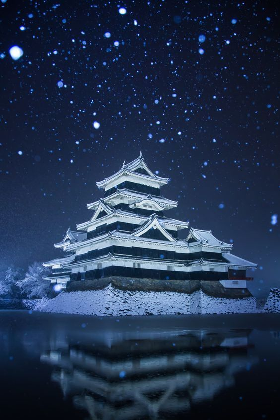 Matsumoto Castle, Nagano, Japan, real japan, japan, japanese, castle, japanese castle, fortress, osaka, tokyo, kyoto, himeji, bitchu matsuyama, takeda, tour, trip, travel, guide, adventure, epxlore, plan, architecture hirosaki http://www.therealjapan.com/subscribe/