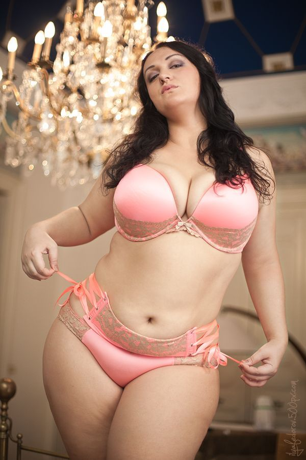 Hot bbw naked