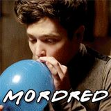*GIF* Merlin Cast Members Friends Style (MORDRED)