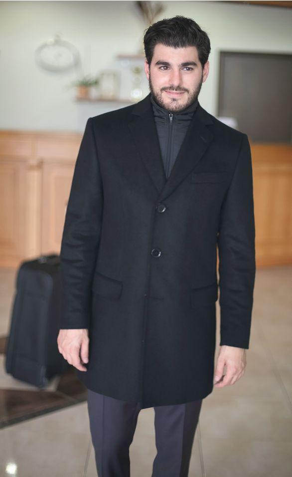 Palton modern, cu guler detasabil: SAPOLI RCB.