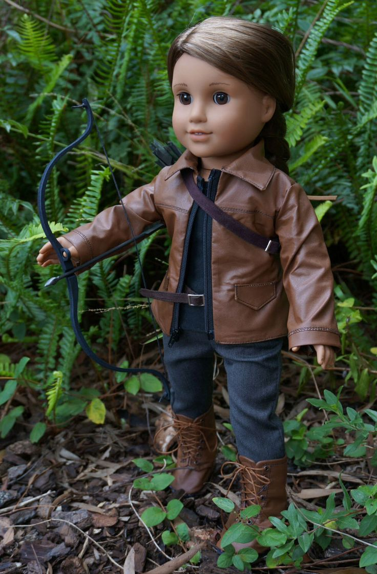 American Girl Katniss Hunger Games outfit and bow weapons by Rhiella on Etsy https://www.etsy.com/listing/231904690/american-girl-katniss-hunger-games