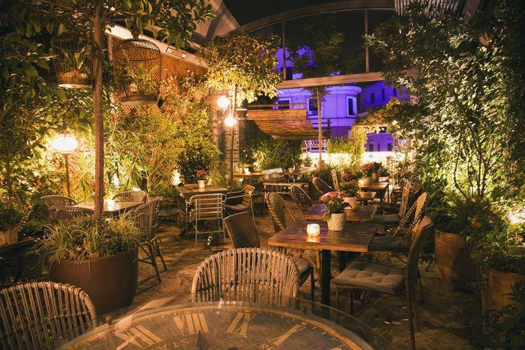 98 best restaurantes y lugares con encanto images on pinterest buildings city and decks - El jardin secreto restaurante madrid ...