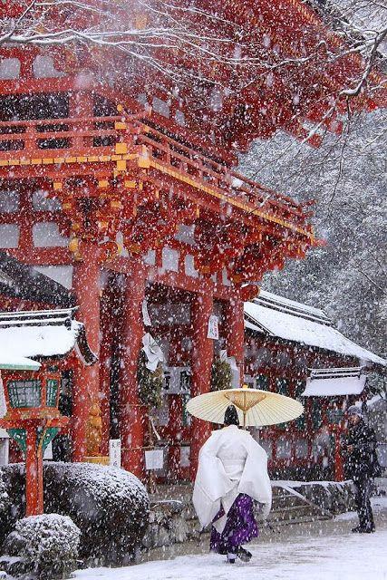 Kamigamo Shrine in Snow, Kyoto