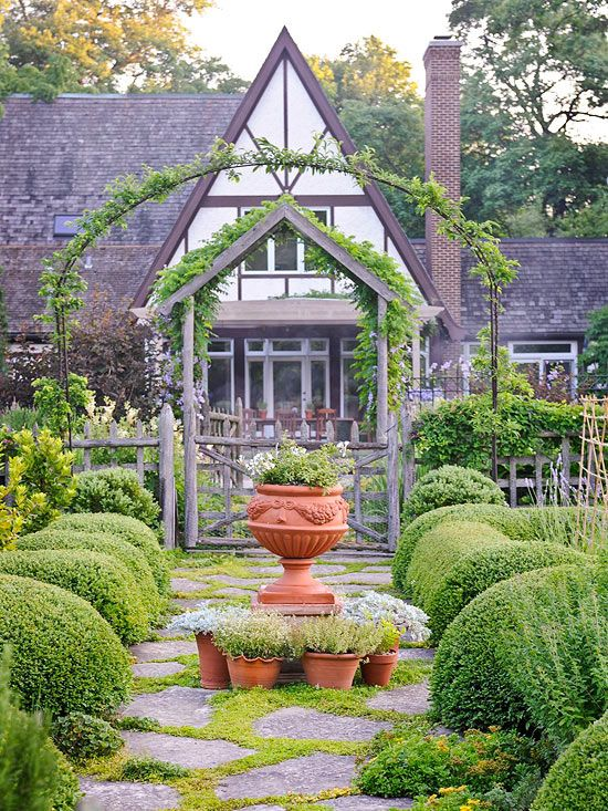 Gorgeous Garden at a Historic Home - Traditional Home®