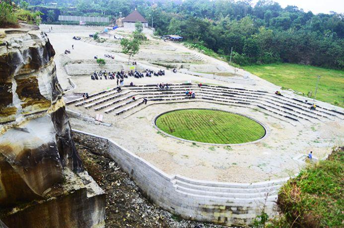 Tempat Wisata Di Sleman Yogyakarta - Tebing Breksi