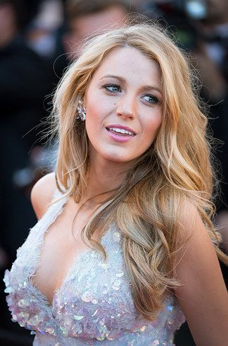 When you felt confused about the human body because this was so much more than that. | 17 Times Blake Lively Made You Question Everything