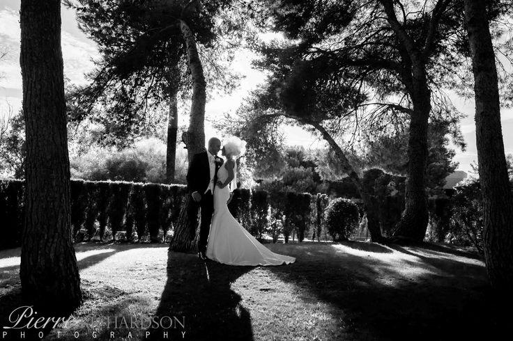 Bride and groom at Vincci Estrella del Mar Hotel Marbella