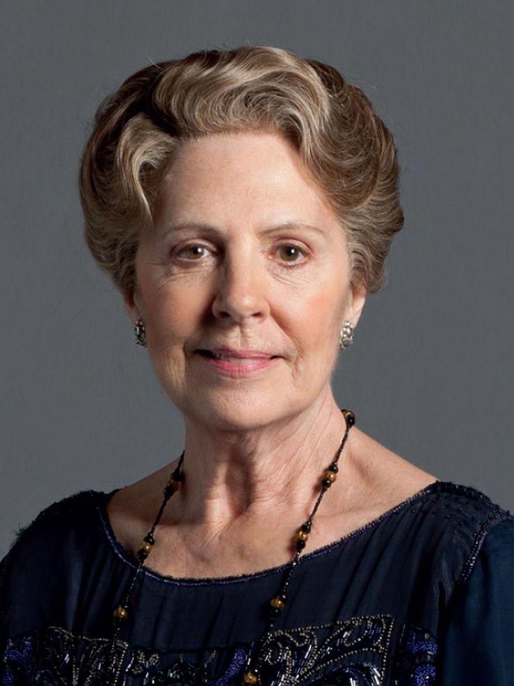 DOWNTON ABBEY •Phyllis Logan/Mrs. Hughes