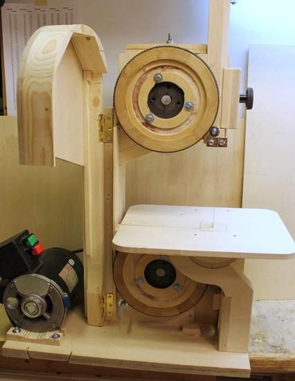 Pekkas small bandsaw. Check out our best deal & save MONEY! http://www.coastmachinery.com
