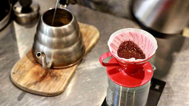 Photo shoot sample for a top roaster - #cold drip #coffee #foodporn #cafe #restaurant  #zomatoaus #dslr #photography #coffee #marketingdigital #roaster http://dsouzamedia.wix.com/dsouzamedia
