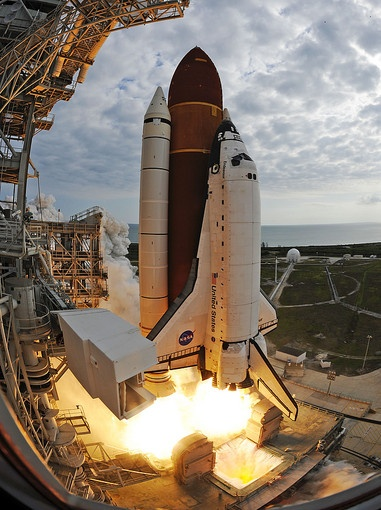 Pictures: Space shuttle Endeavour leaving Kennedy Space Center - ktla.com