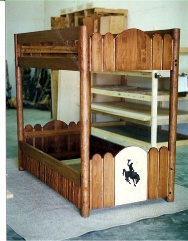 Molesworth style bunk bed. Howkola furniture. By Tim Lozier