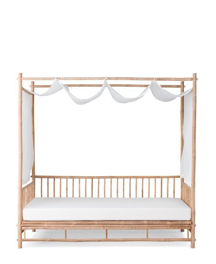 ber ideen zu sofa kolonialstil auf pinterest. Black Bedroom Furniture Sets. Home Design Ideas