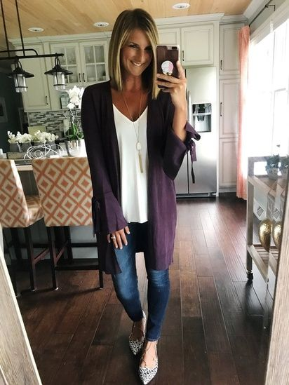 Loving this color for Fall! Carefree, put together look with these basic pieces! #AffordableFashion #FallFashion