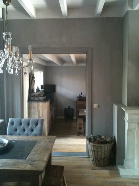 25 beste idee n over balkenplafond op pinterest houten balken balken plafonds en houten - Verf balken ...