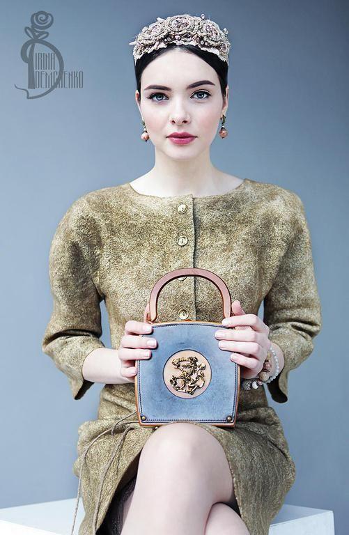 Купить Валяное платье «Bronze» - золотой, street style, валяное платье, платье ручной работы