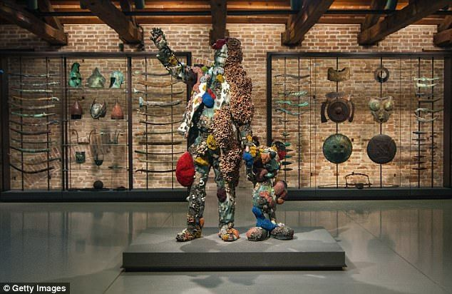 Prices For His Art Are Plummeting So Is Damien Hirst Sunk Damien Hirst Hirst Art