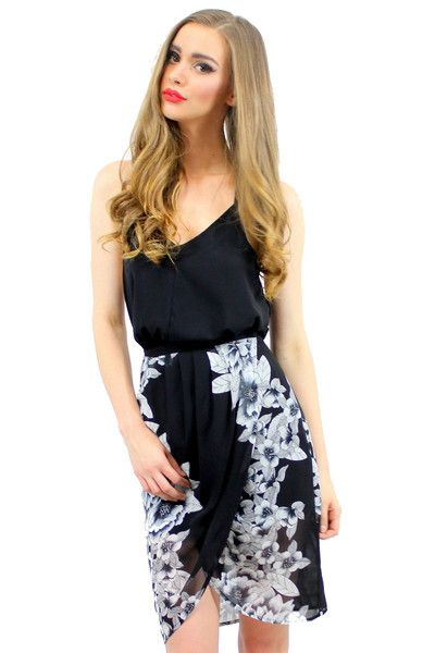 ROSIE MIDI SKIRT BLACK STYLE DETAILS:  Mid-length skirt Wrap-style Lightweight fabric  FIT DETAILS:  Flattering fit around waist Standard Australian sizing  STYLING:  Perfectly styled with any basic top neatly tucked in