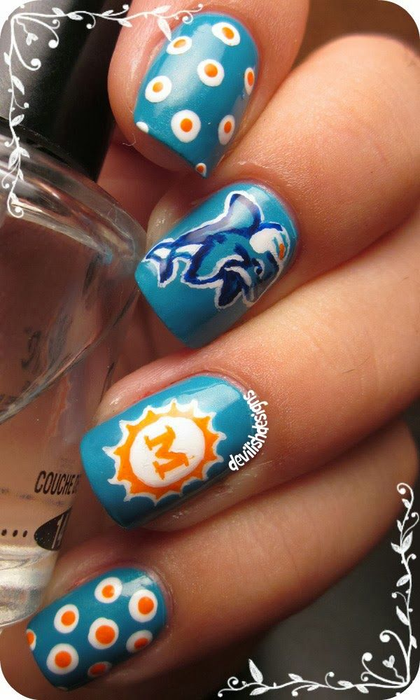 Miami Dolphins-- awesome nails! Really want to try this.