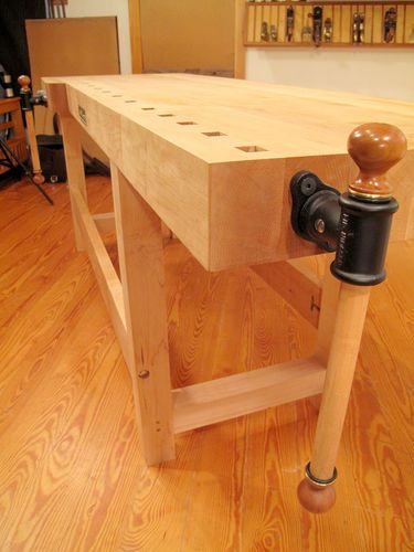Work bench smack down – by Newage Neanderthal @ LumberJocks.com ~ woodworking community