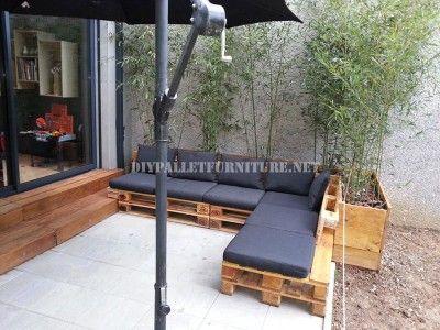 2 canapés d'extérieur construits avec des palettes et le même système