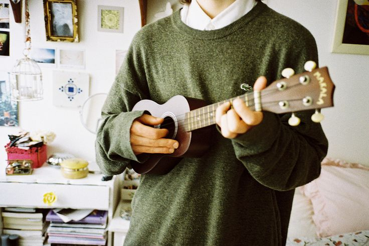 "{Open/Ethan} I stand in the music room, playing and singing Tyler Jøseph's cover of ""Can't Help Falling In Love"" on my ukulele. I'm leaned against the wall and don't notice you watching me from the doorway until I'm finished with the song."