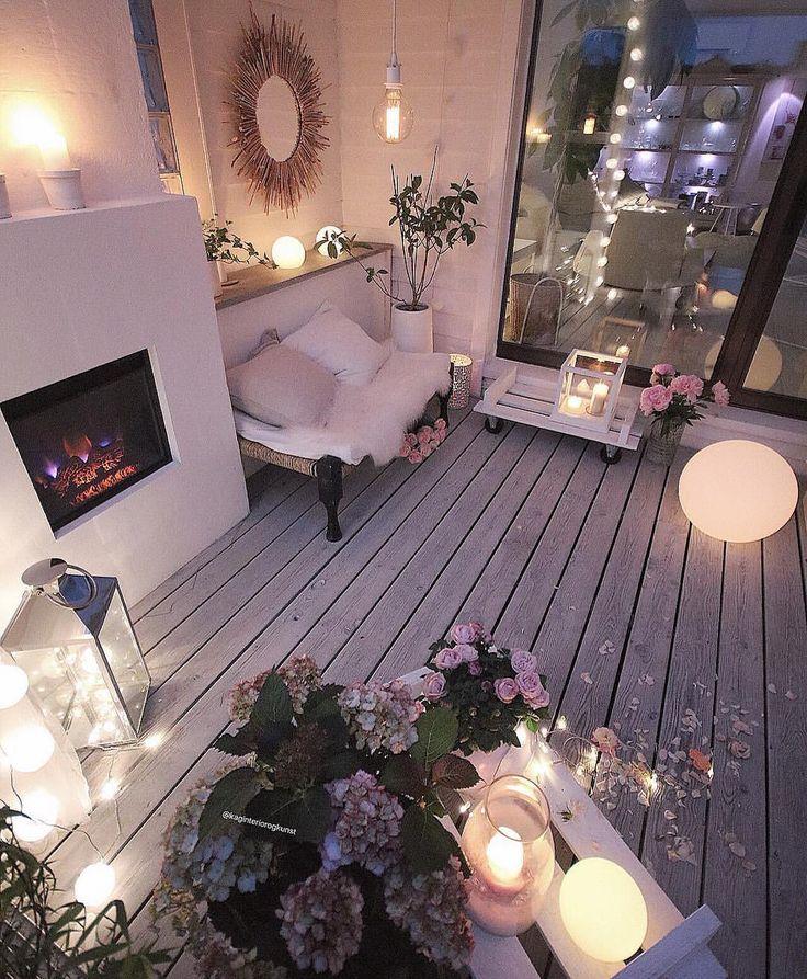 God onsdagskveld 💖😘 #happywednesdayeveryone Våren er like rundt hjørnet 🍃 Helt nydelige dager her ☀️#repost . #myhome#patio #terrasse #terrace #diytable #diy #dyi #palletfurniture #gjenbruk #doityourself #gjørdetselv #handmade #diymirror _____________________________________________________________________ #myinterior#interior4all#interior123#passion4interior#interior_delux#interior12follow#doityourway#interiors#interior4inspo#dream_interiors#fashionmagazine#fashionaddict