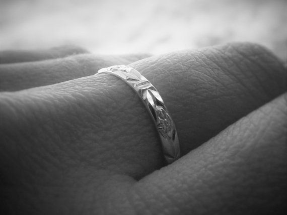 Silver Floral Band Minimal Band Ring Simple by FULLMOONJEWELLERY