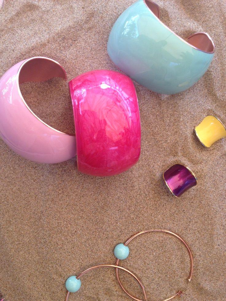 Το καλοκαίρι θέλει χρώμα θέλει Pop Collection!