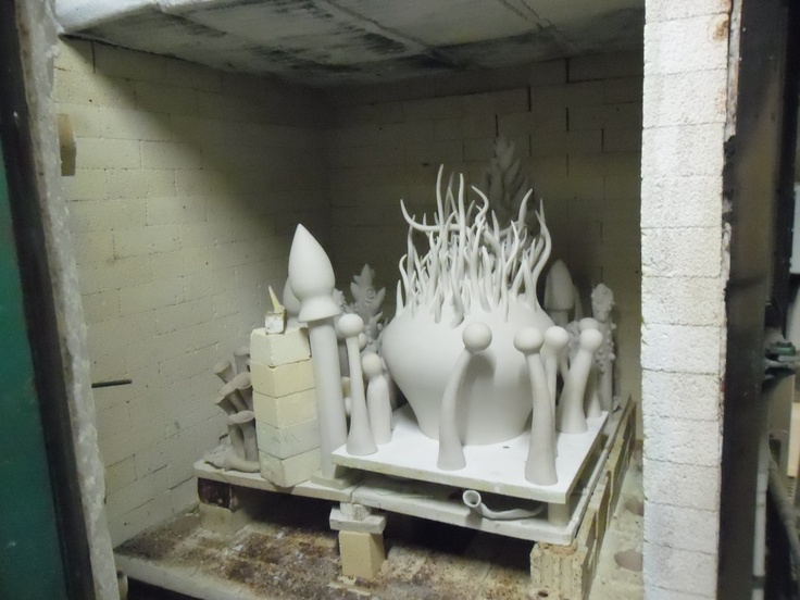 Final kiln load for Gomboc - its firing now