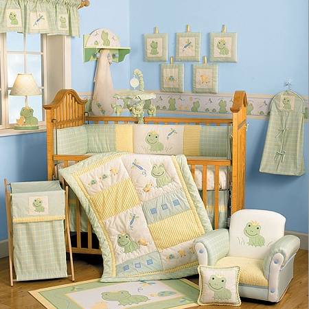 cute frogs, if we have another baby boy or girl this is the new room!