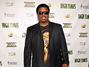 Stony actor/comedian Craig Robinson was caught with a half gram of marijuana and 18 tabs of Ecstasy as he attempted to leave the Bahamas yesterday.