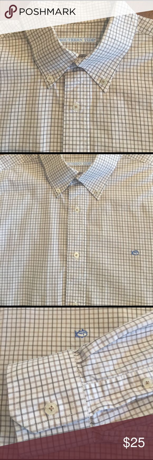 Southern Tide Shirt Men's Southern Tide dress shirt. Size XL. Button down collar. No stains or rips on shirt. Southern Tide Shirts Dress Shirts