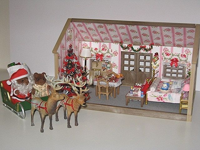 Sylvanian Families Cath Kidston/Tanya Whelan Decorated Christmas House OOAK