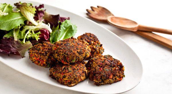 Quinoa and Vegetable Burgers With Asian FlavorsFun Recipe, Burgers Recipe, Veggies Burgers, Vegetables Burgers, Asian Style, Vegan Recipe, Asian Flavored, Quinoa, Vegetarian Burgers