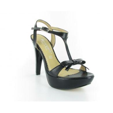 Sandalo in pelle by Scarpet #scarpe #donna #italianshoes