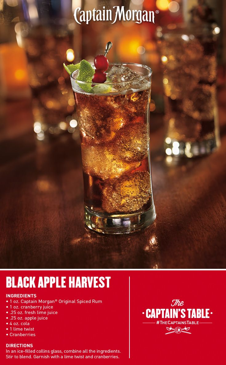 Cinnamon-dusted apples and warm fall spice are served up with a fresh twist in this unforgettable party cocktail recipe. #thanksgiving #rum #drinks #thecaptainstable