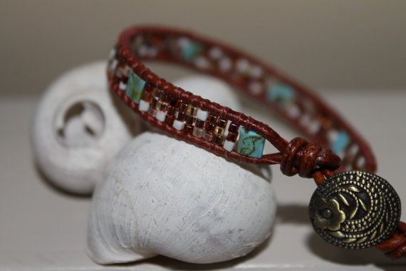 ♥♥ Are you looking for a beautiful gift for a special someone.....Mother, daughter, grandma, girlfriend, bestfriend or just a special gift to tread yourself, this beaded wrap bracelet will be a beautiful and unique handmade gift.  ♥ This bracelet is made with beautiful beads what will give the wrap bracelet a nice vibe.   ♥ The beaded Wrap is handmade with high quality real leather cord, strongly thread, antique brown button and beautiful richly colored glass beads. Each bead is hand sewn to…