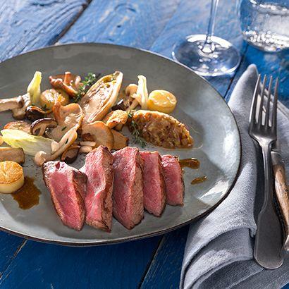 ALDI België - Recept - Hertensteak met gebakken champignons, witloof en krokante aardappelen
