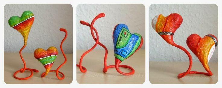 Hartjes maken voor Valentijn. (Materiaal: dikke ijzerdraad en papier maché)