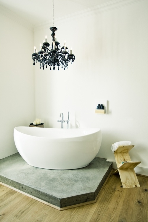 Minimal bathroom porn of the day - ideal for a unit/ apartment - me likes - love the chandelier