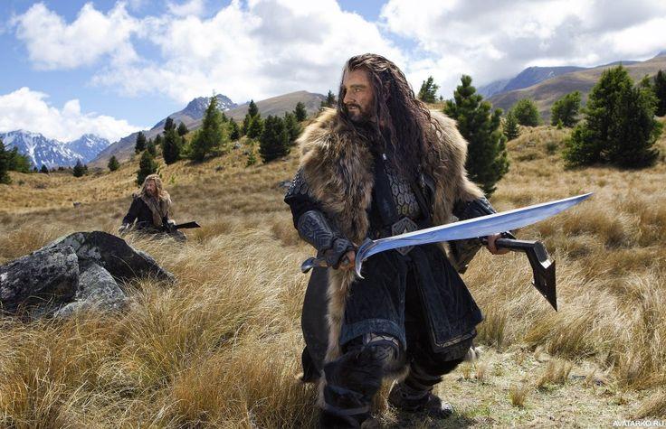 Торин Дубощит с секирой и эльфийским мечом - картинки, аватары, авы